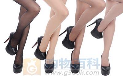 肉色连裤袜又称肉色紧身袜或丝袜裤,是肉色的紧包从腰部到脚部躯体的服装——购物百科